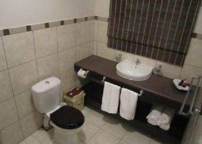 Suzi\'s Place Guest Rooms