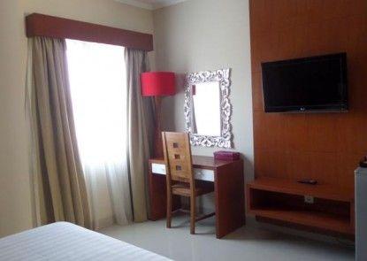 Svarna Hotel Sanur Kamar Tamu