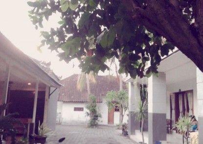 Swandewi Homestay