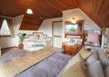 Pesan Kamar Cottage, 3 Kamar Tidur, Jet Tub, Pemandangan Teluk di Swansea Cottages & Motel Suites
