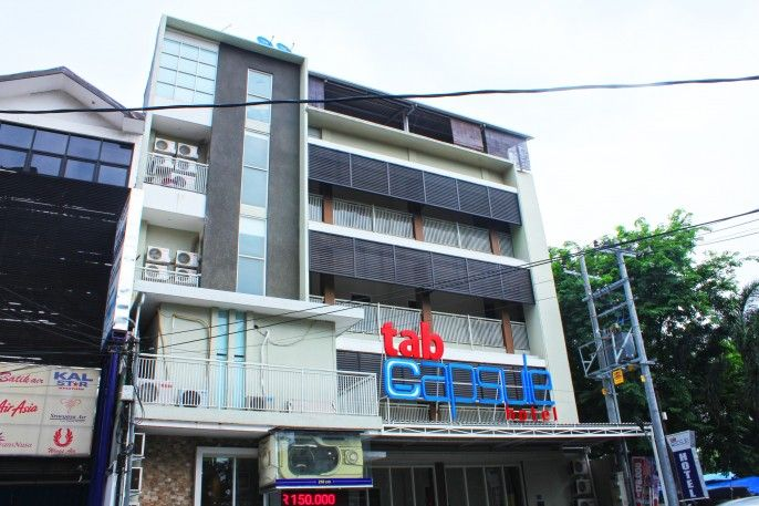 Tab Capsule Hotel - Kayoon Surabaya, Surabaya