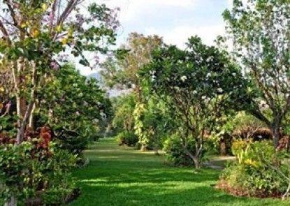 Taman Selini Wahana Beach Resort Teras
