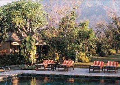 Taman Selini Wahana Beach Resort Kolam Renang