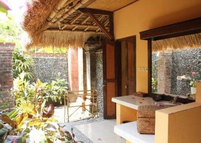 Taman Selini Wahana Beach Resort Kamar Mandi