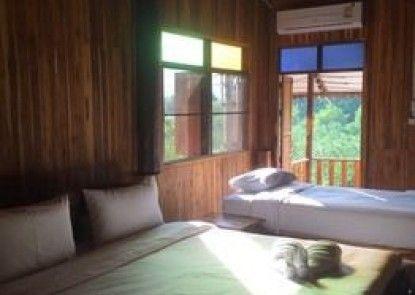 Tamarind Home Resort Kanchanaburi