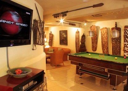 Tanah Merah Resort & Gallery