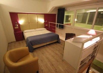Tango Hotel