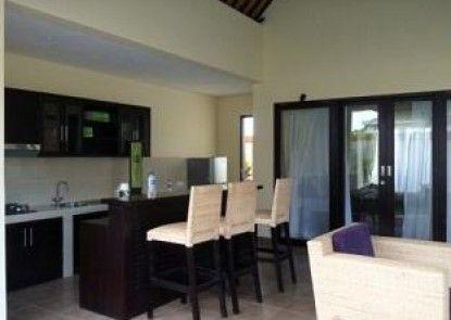 Tanjung Lima Villas Ruang Makan