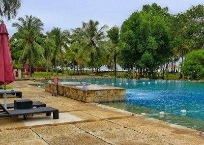 Tanjung Lesung Beach Hotel & Villa Kolam Renang