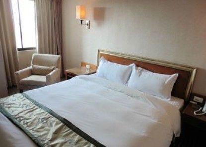 Tapeng Bay Holiday Hotel