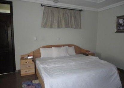Tenack Beach Resort & Hotel