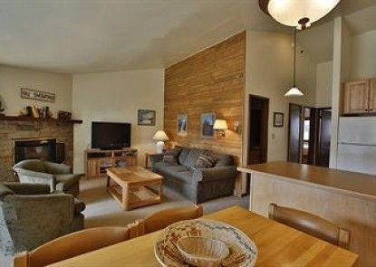Terracehouse Condominiums, A Destination Residence