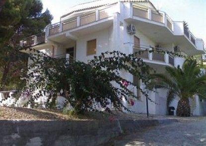 Terralcantara Villa del Mare