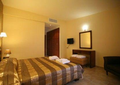 Tesoro Hotel