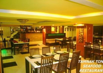 Tez Palace Hotel
