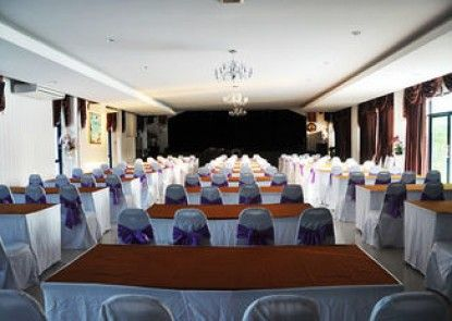 Thaiasia Goldensea Resort