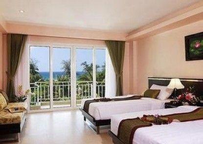 Thanthip Beach Resort