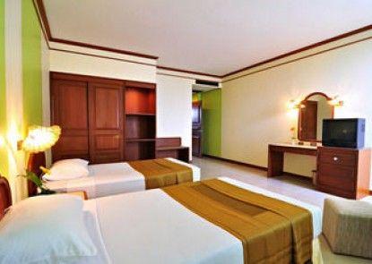 Thavorn Hotel