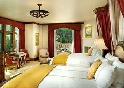 The Arrabelle at Vail Square, A RockResort Teras