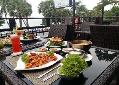The Beach Front Resort Pattaya