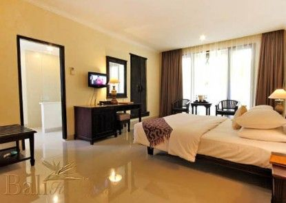 The Benoa Beach Front Villa & Spa Teras