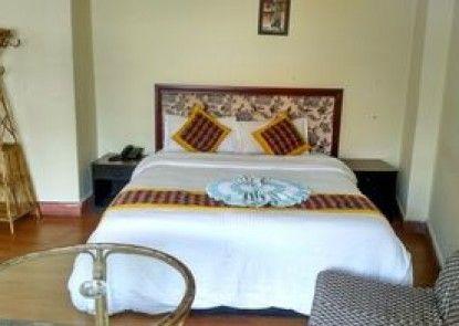 The Buddha Garden Hotel