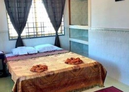 The Cashew Nut Guesthouse