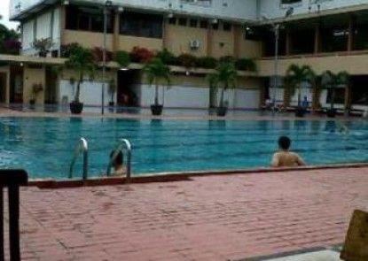 The Cipaku Garden Hotel Eksterior