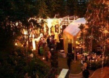 The Cipaku Garden Hotel Kafe