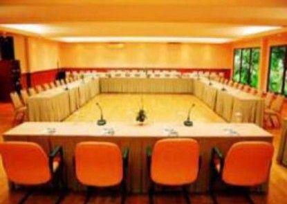 The Cipaku Garden Hotel Ruangan Meeting