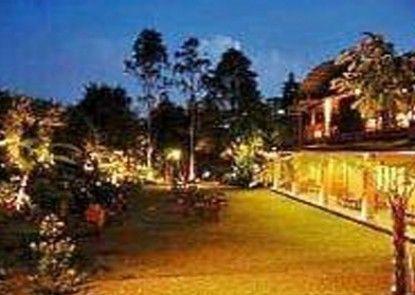 The Cipaku Garden Hotel Pemandangan