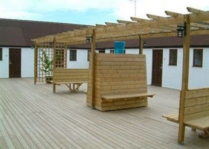 The Dark Barn Lodge - Guest House