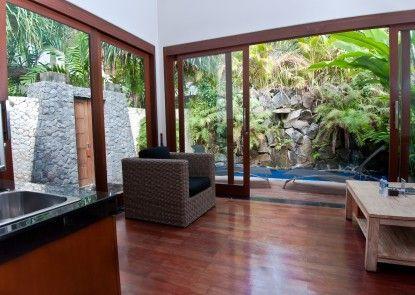The Dipan Resort Petitenget Vila