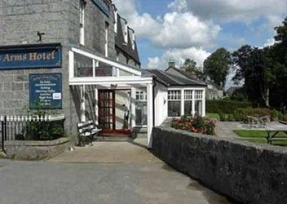 The Forbes Arms Hotel Teras