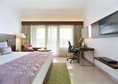 The Gateway Hotel Lakeside Hubli