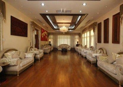 The Hotel Myat Taw Win