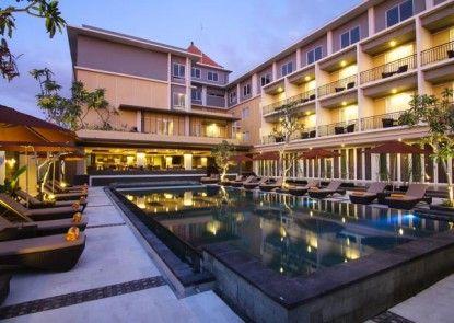 The Kana Kuta Hotel Kolam Renang