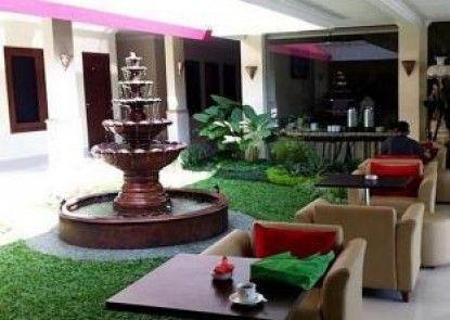 The Margangsa Hotel Solo Teras