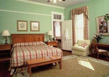 The Queen Anne Hotel Teras