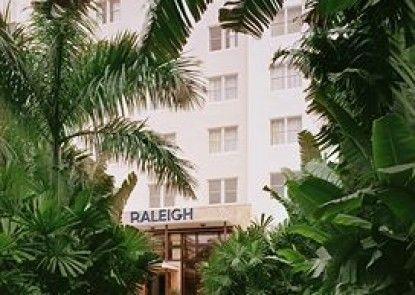 The Raleigh Hotel Teras
