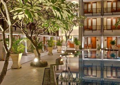 the rani hotel and spa Sekitarnya