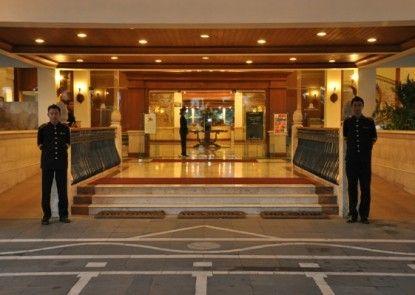 The Sunan Hotel Solo Lobby