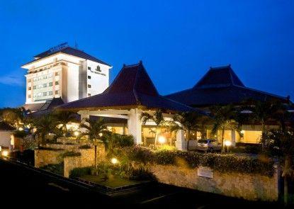 The Sunan Hotel Solo Eksterior