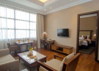 The Sunan Hotel Solo Teras