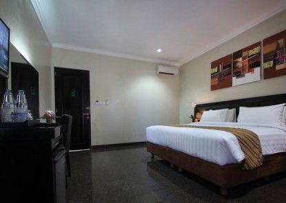 The Taman Ayu Seminyak Ruangan Suite