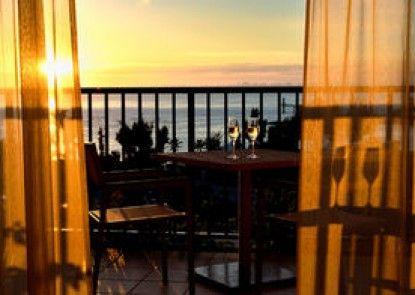 The Terrace Club At Busena