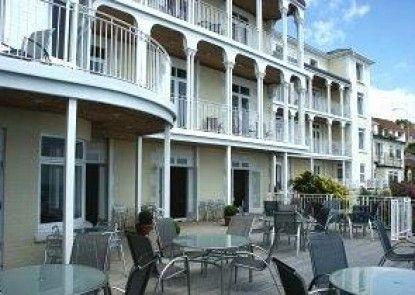 The Wellington Hotel Teras