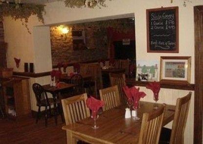 The Yew Tree Inn Teras