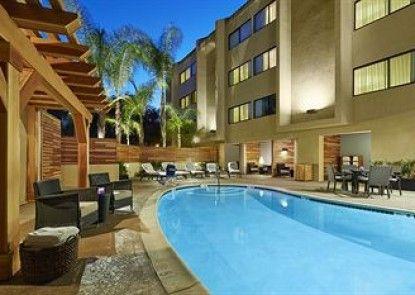 The Anza - A Calabasas Hotel