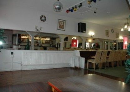 The Arncliffe Hotel